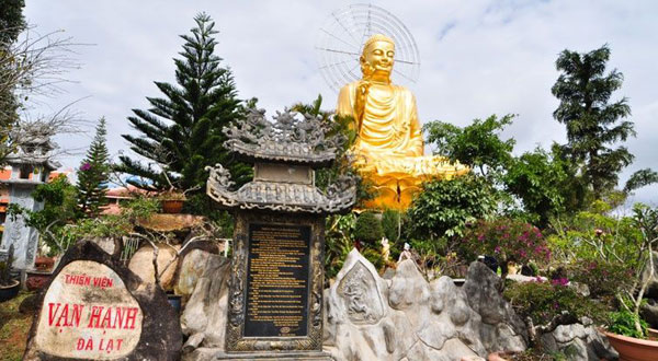 Thiền Viện Vạn Hạnh -Một trong những điểm đến thú vị khi phượt Đà Lạt