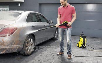Máy bơm rửa xe mini đảm bảo hiệu quả xịt rửa trong gia đình