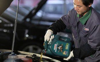 Hướng dẫn cách thay dầu nhơ động cơ xe ô tô