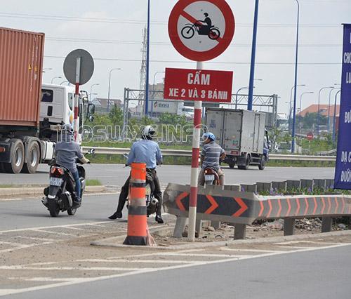 Lỗi xe máy đi vào đường cấm