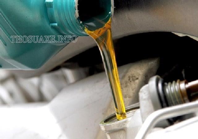 Thực hiện đúng và đủ những thao tác cần thiết khi thay dầu