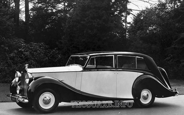 Bí ẩn đằng sau thương hiệu Rolls-Royce tồn tại hơn 100 năm