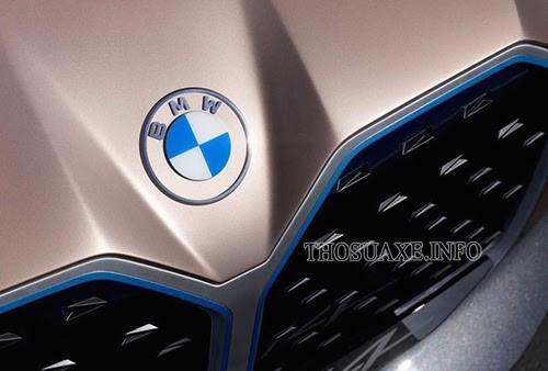 BMW một trong số các hãng ô tô nổi tiếng thế giới