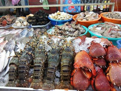 Hải sản tươi ngon tại chợ đêm khiến bạn bị thu hút cực mạnh