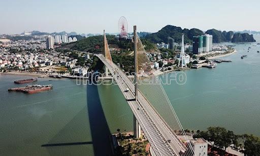 Cầu Bãi Cháy nằm trên quốc lộ 18 của tỉnh Quảng Ninh